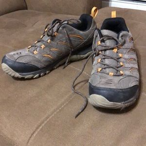 Merrell low top hiking shoes